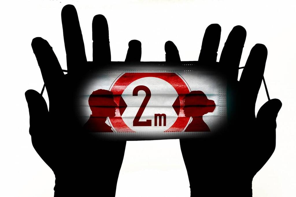 Los-expertos-lo-confirman-mascarillas-distancia-fisica-y-proteccion-ocular-para-evitar-el-contagio-de-la-COVID-19