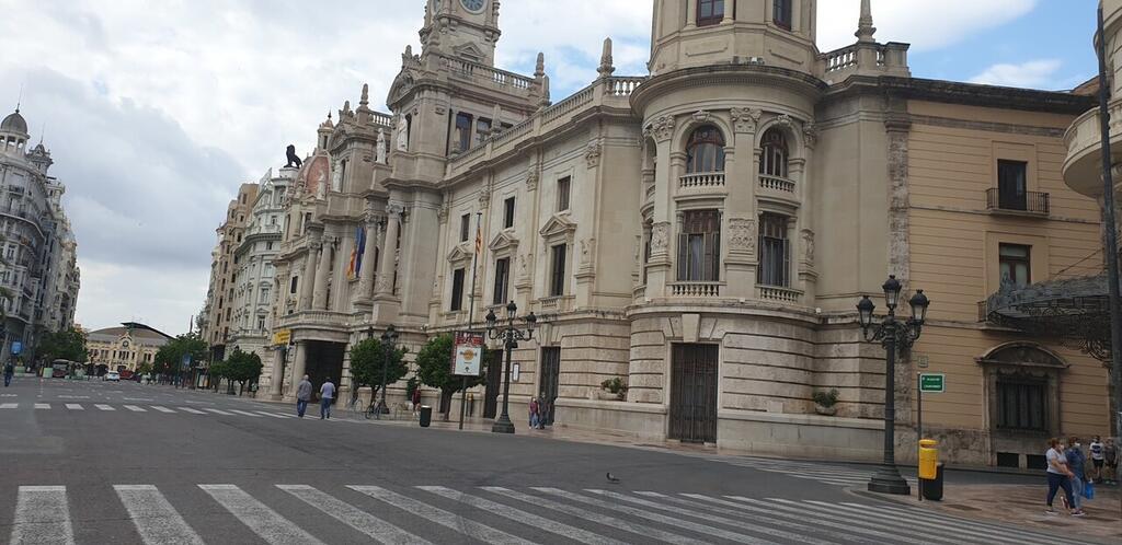 plaza del ayuntamiento 20200607_094219 (38)